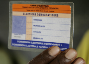 Carte d'électeur de la RDC, tenant lieu de pièce d'identité. Photo : Fiston Mahamba